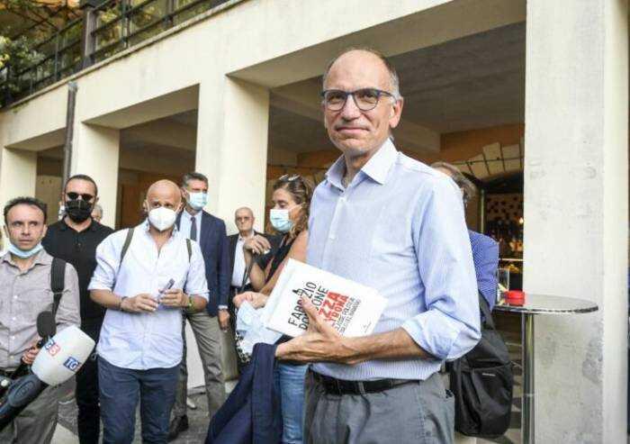 Letta: 'Green Pass può evitare l'obbligo di vaccinazione'