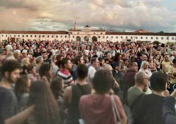 No Green Pass, la lezione dei mille del Novi Sad a una piazza Grande recintata