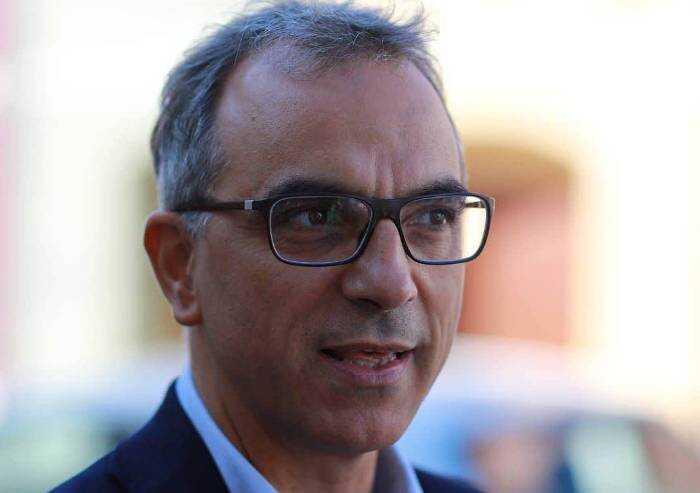 Capo comunicazione Donini: 'I no green pass latrano di repressione'