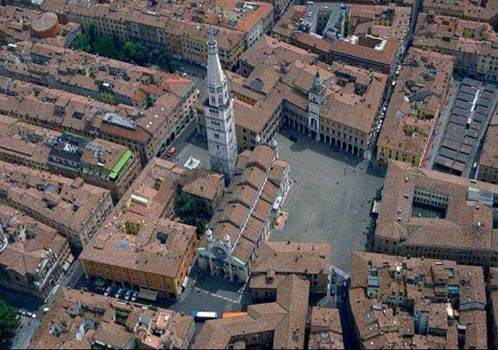 'Affitti Modena, prezzi fuori mercato per famiglie e studenti'