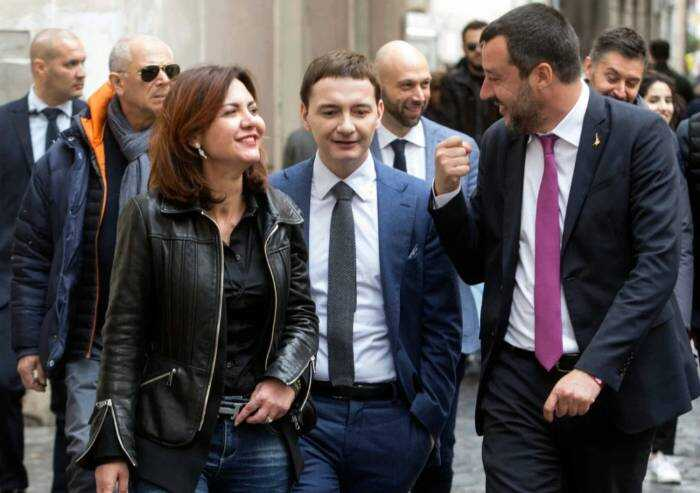 Indagato per droga Morisi, inventore della 'Bestia' social di Salvini