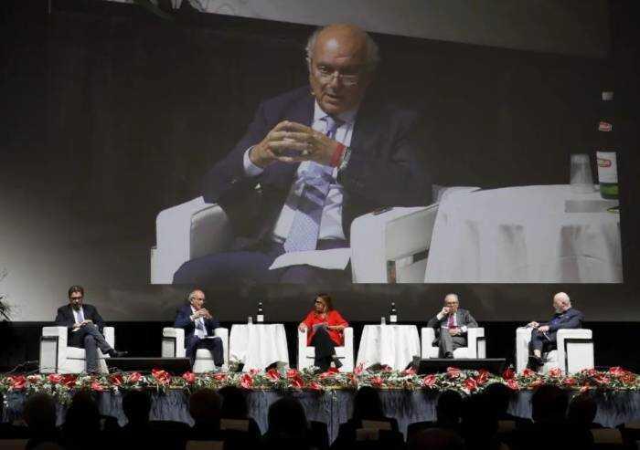 Cersaie, Savorani: 'Noi, modello di riferimento anche per transizione ecologica'