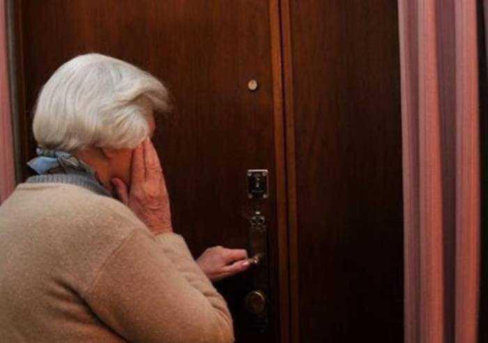 Finto Vigile Urbano raggira anziano: in provincia nuovo allarme truffe