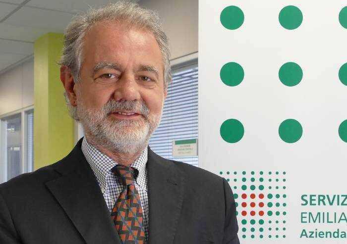 Giovanardi non molla, nuova lettera a Brambilla: 'Il vaccino è sperimentale o no?'