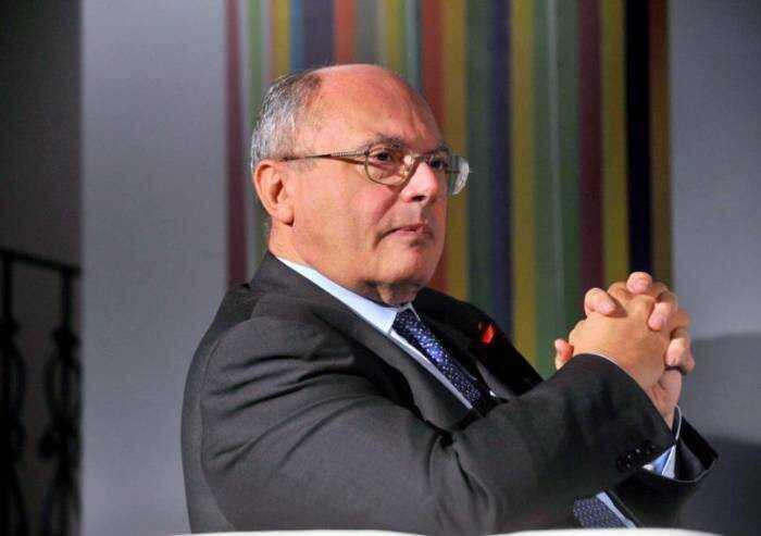 Nomine truccate università, indagato anche il virologo Massimo Galli