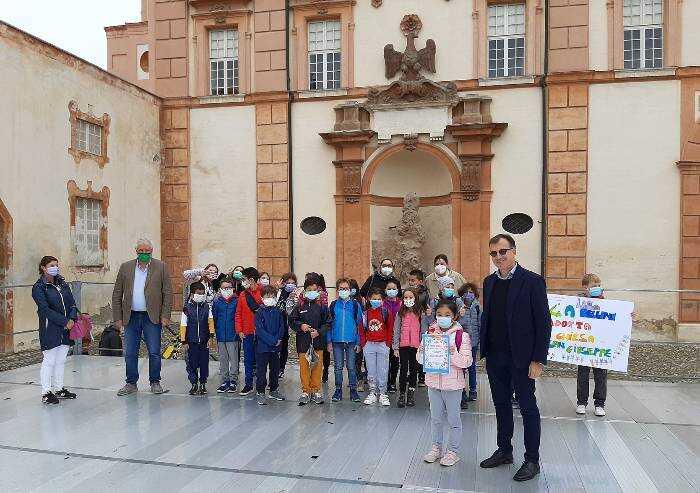 Sassuolo: i bambini delle elementari adottano un monumento