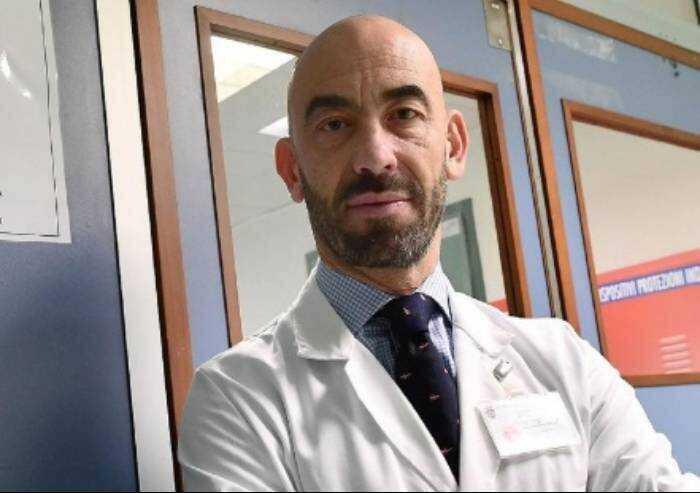 Matteo Bassetti: 'Togliere il Green Pass entro fine anno'