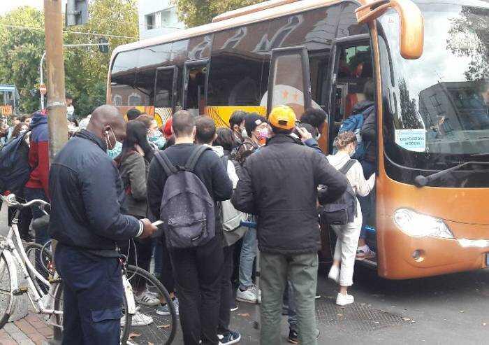 Disservizi linea ferroviaria Carpi-Modena: mattinata di caos