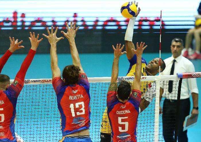 Volley: Leo Shoes Modena parte male, 3-1 a Monza