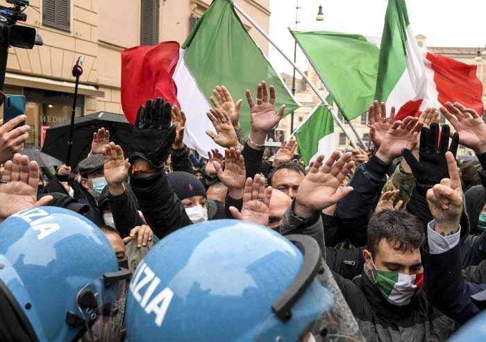 Lega e Fdi: sindrome di Fonzie, la condanna al fascismo resta tabù