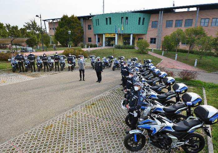 Nuove motociclette per la polizia locale di Modena