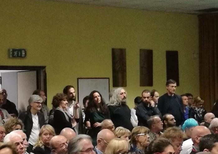 E' la serata dei Comitati: i partiti presenti in massa