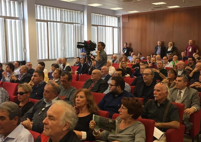 Centrodestra, prove di unità: sala piena a Palazzo Europa