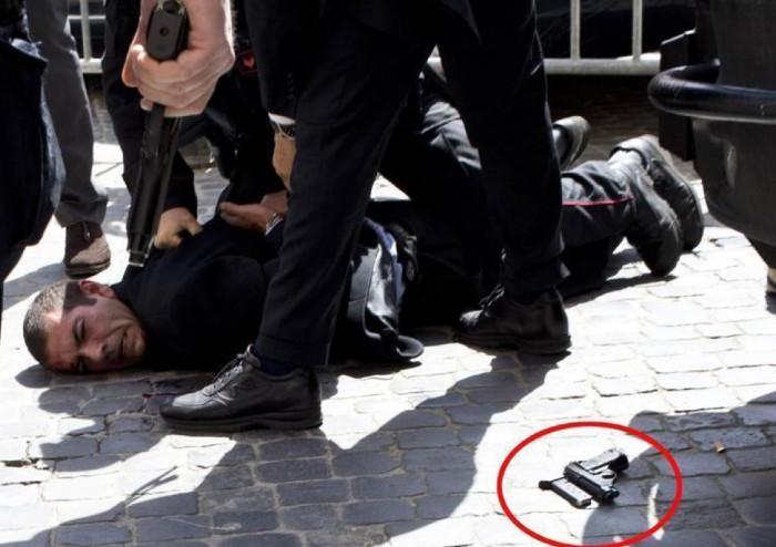 'Polizia e carabinieri, eroi o criminali?'
