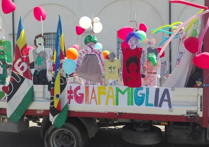 In migliaia al Modena Pride