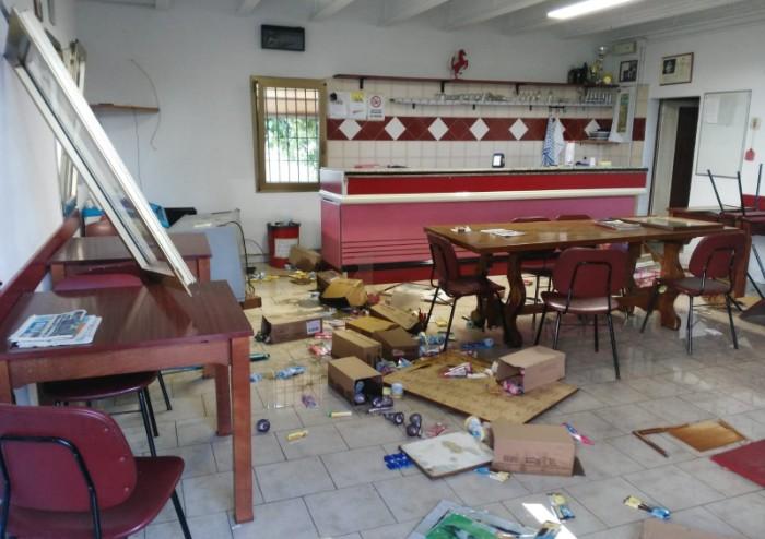 San Cesario: devastante irruzione dell'Alf al circolo cinofilo