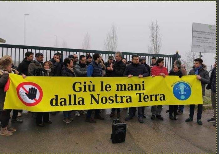 Salvini a Finale: 'Qui territorio trattato come discarica, adesso basta'