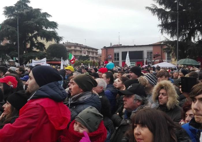 Salvini infiamma Maranello: 'Stravinciamo in Emilia Romagna'