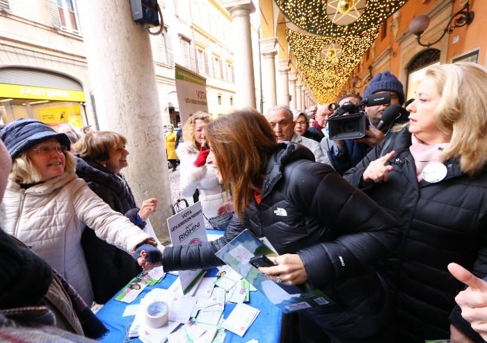 Modena, Lucia fa centro: 'La Regione viaggia a 6, con noi andrà a 10'