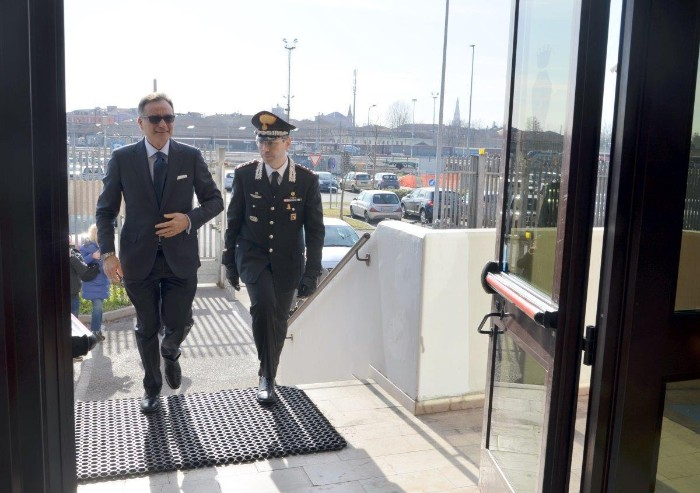 Modena, visita del Prefetto al comando provinciale del Carabinieri
