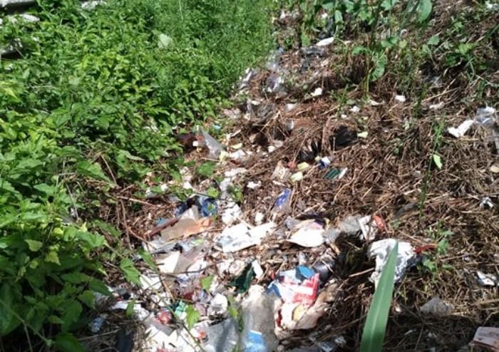 Castelfranco, discarica sotto Tav: ecco le sbarre, ma rifiuti restano
