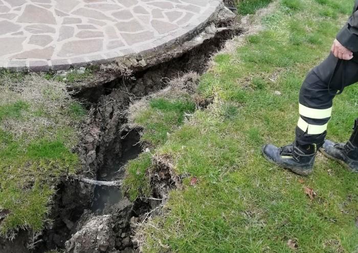 Smottamento Puianello: 3 case danneggiate, una spezzata in due