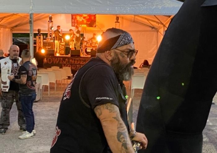Moto e tatuaggi: Bastiglia per una sera capitale del rock